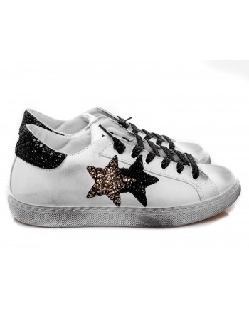 2 STAR - Glitter Leather Sneakers - White/Black