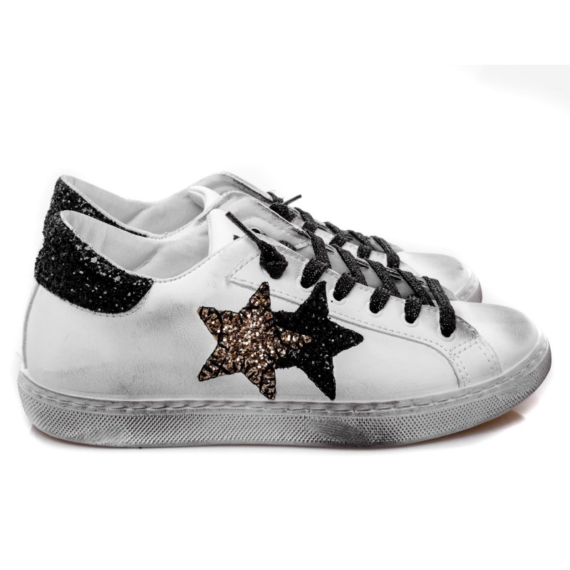 2 STAR - Glitter Leather Sneakers - White/Black