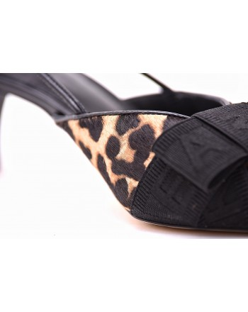 MICHAEL by MICHAEL KORS - AMES CLOSED Slingback Shoes - Natural/Black