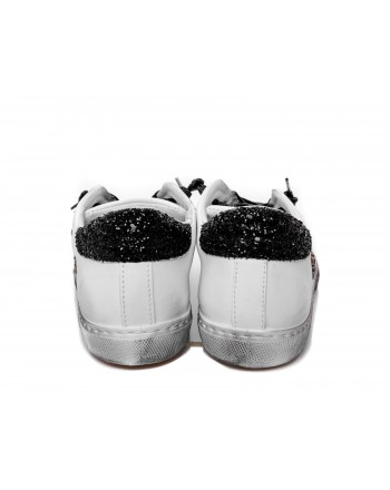 806fed4556 2 STAR Glitter Leather Sneakers White/Black [Woman] Elsa Boutique
