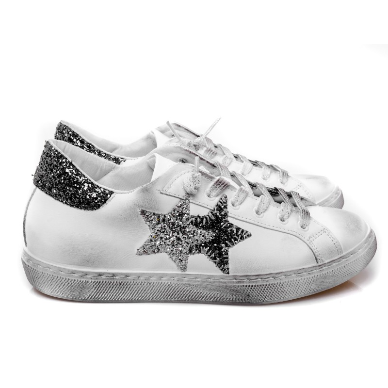2 STAR - Glitter Leather Sneakers - White/Silver