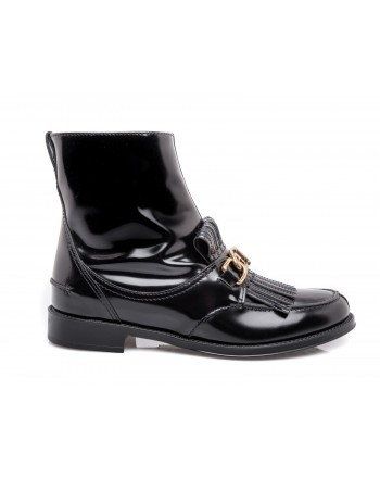 TOD'S - Leather Beatle Boot with Chain - Black