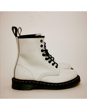 DR. MARTENS - 8 Loops 1460 Boots - White