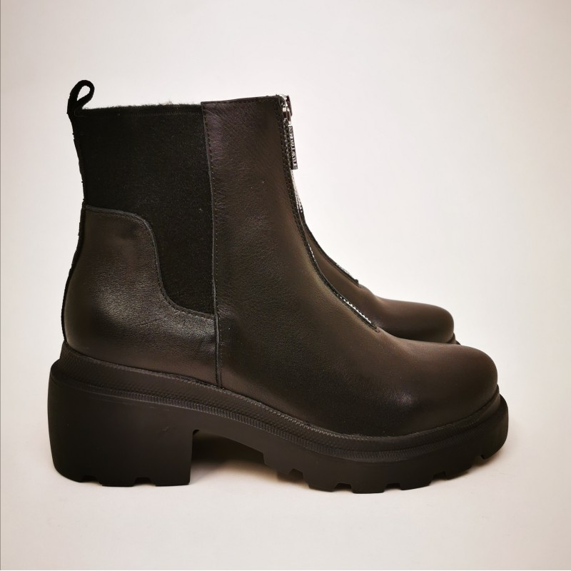 KENDALL+KYLIE - Leather Boots  REGINA - Black