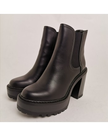 MADDEN GIRL - KAMORA slip-on ankle boot - Black