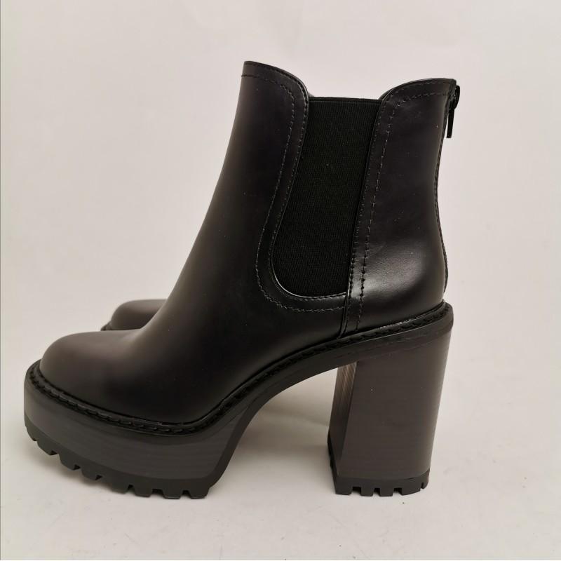 MADDEN GIRL - KAMORA slip-on ankle boot - Black