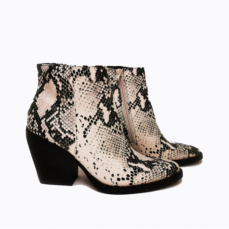 MADDEN GIRL  -  Snake ankle boot