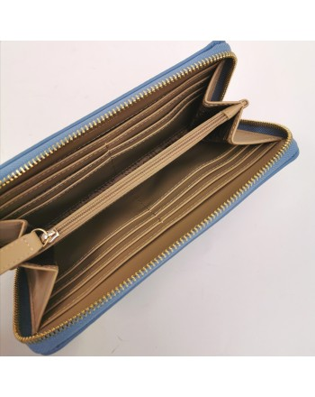 LOVE MOSCHINO -  Portafoglio con borchie a cuore - Azzurro