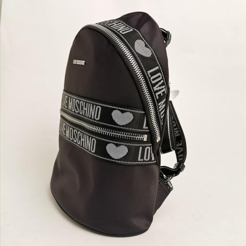 LOVE MOSCHINO - Zaino in tessuto tecnico con tasca frontale - Nero