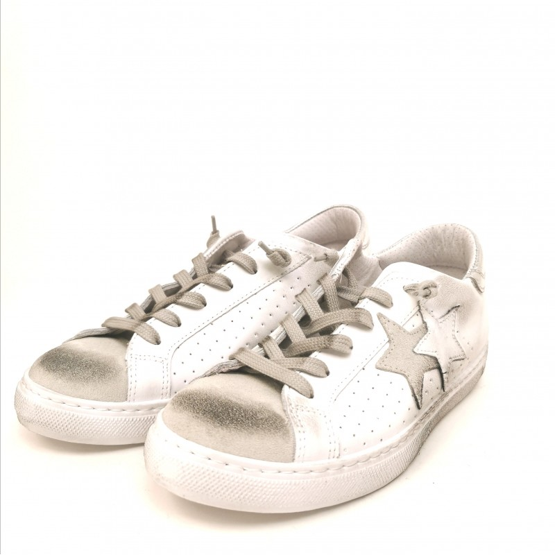 2 STAR - Used style leather sneakers - White/Black