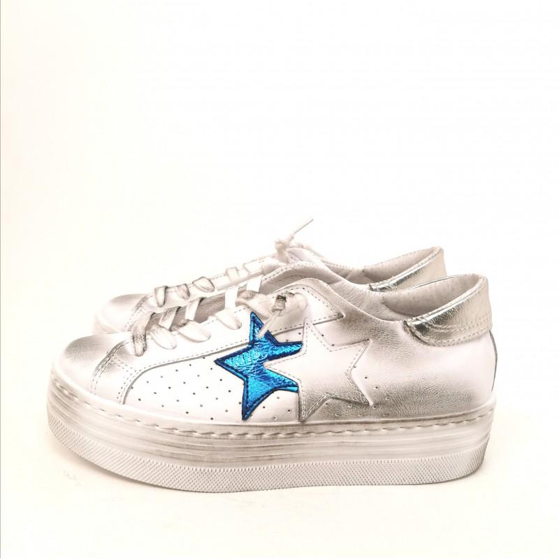 2 STAR - Platform Sneakers - White/Light Blue