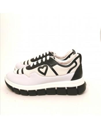 LOVE MOSCHINO - Sneakers Microrete con Cuore - Nero