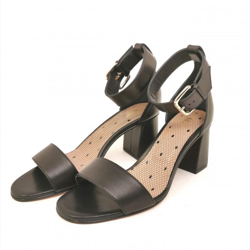 RED VALENTINO - Sandalo in pelle lucido - Nero