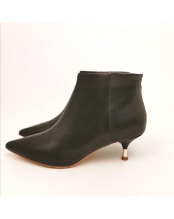 EMMANUELLE VEE - Suede Boots with Metallic Heel - Black