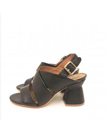 EMMANUELLE VEE - Sandalo Incrociato con Fibbia Posteriore - Nero