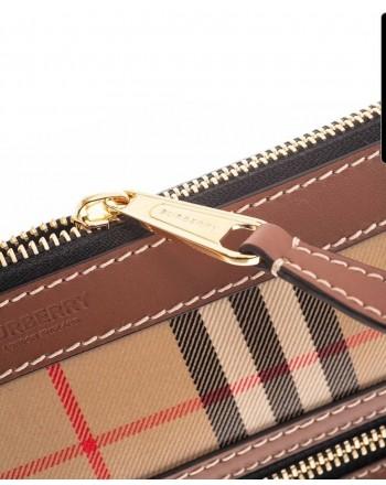 BURBERRY - Dulcan wrist bag - Beige