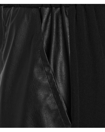 PINKO - SEDENTARIO LEATHER-LOOK BERMUDA - BLACK
