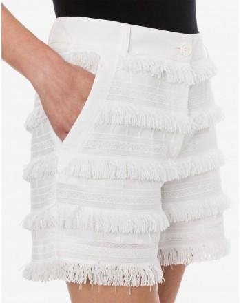 LOVE MOSCHINO - Short in tela ricamata con frange - Bianco