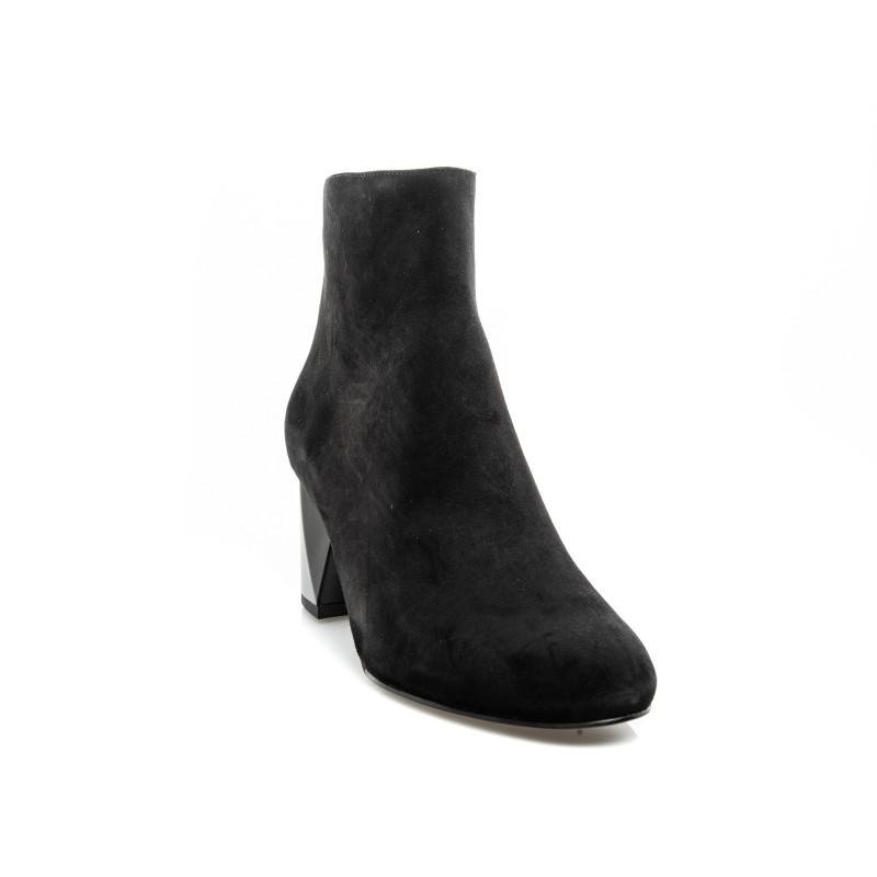 KENDALL+KYLIE - Suede Half Boot  HADLE - Black