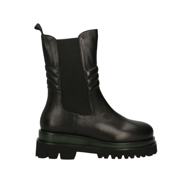 EMANUELLE VEE - Leather Beatles Boots - Black/Green