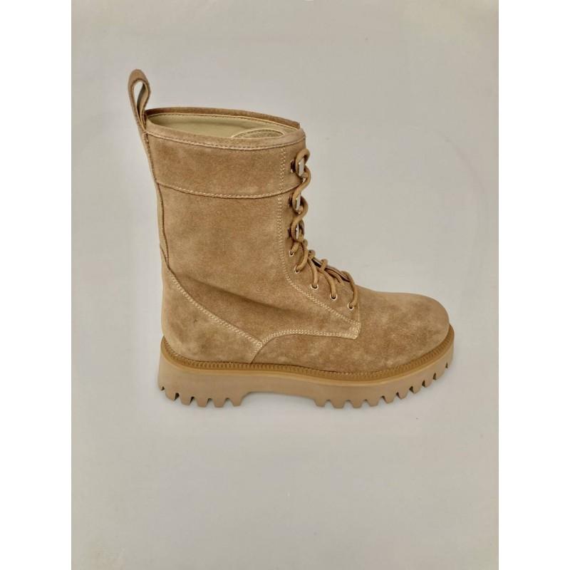 EMANUELLE VEE - Suede lace-up boots 412M-100-15 - Beige