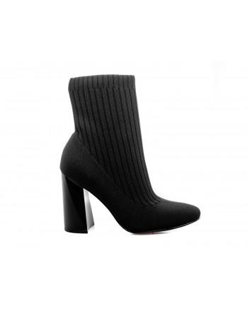 KENDALL+KYLIE - Stretch Jersey Boots  KK TINA - Black