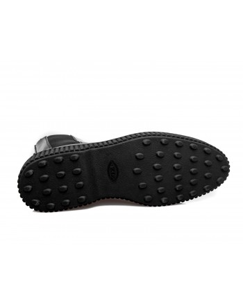 TOD'S -  Beatles in brushed leather with studs - Black