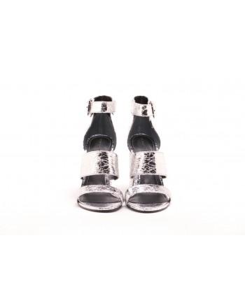 KENDALL+ KYLIE - JAYNE Craquelè Styled Sandal - Silver