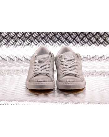 2 STAR - Leather Microsquared Low Sneakers  - Ice Grey/Silver