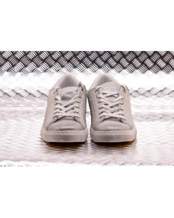 2 STAR - Sneakers Low in Pelle con Lavorazione a Rilievo - Ghiaccio/Argento