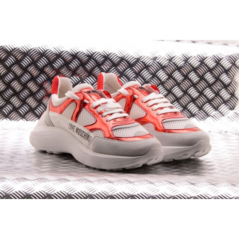 6243227bdd LOVE MOSCHINO - Sneakers in ecopelle LOVE Bianco/Rosso