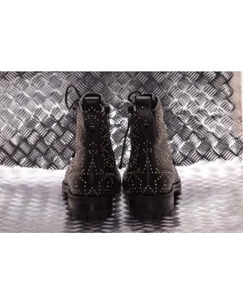 JIMMY CHOO - CRUZ FLAT Boots - Black