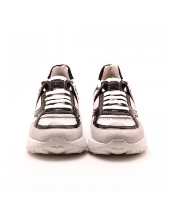LOVE MOSCHINO - Sneakers in ecopelle LOVE - Bianco/Nero