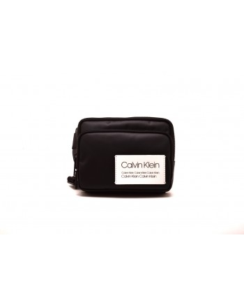 CALVIN KLEIN - Tech Fabric Logo Flat Bag - Black