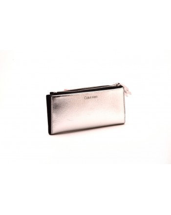 CALVIN KLEIN - Wellet in metal-effect leather - Silver