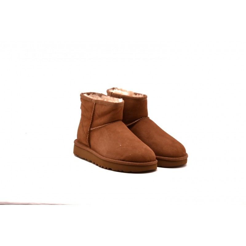 UGG - MINI Boots in sheepskin and suede - Chestnut