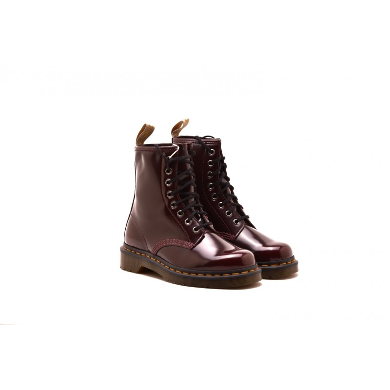 DR.MARTENS - Anphibian Vegan Cambridge - Cherry Red