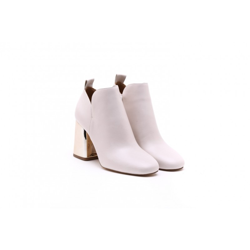 MICHAEL By MICHAEL KORS - DIXON ankle boot in leather - White