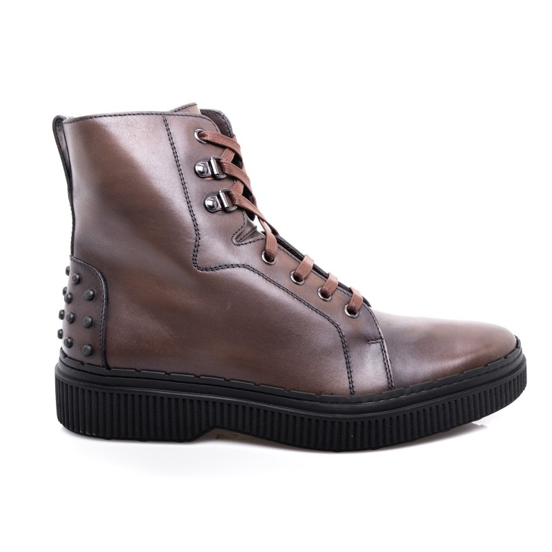 TOD'D - Booties with aged leather - Brown