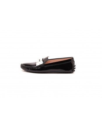 TOD'S - Glossy Leather Loafers with Metallic Tag  - Black