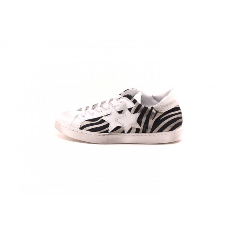 2 STAR - ANIMAL leather sneakers - Black White